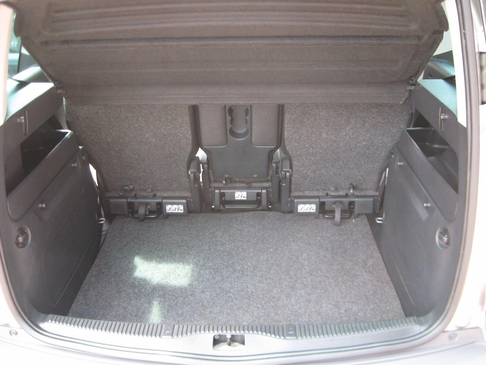 Skoda Roomster 1.2 TSI 86CV Scout
