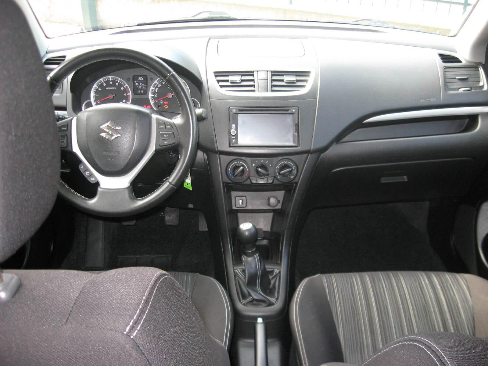 Suzuki Swift 1.2 VVT 5 porte B-Cool Bi-Color